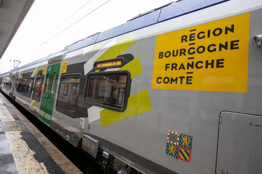 Les premiers TER Régiolis aux couleurs de MOBIGO circulent en Bourgogne Franche-Comté…
