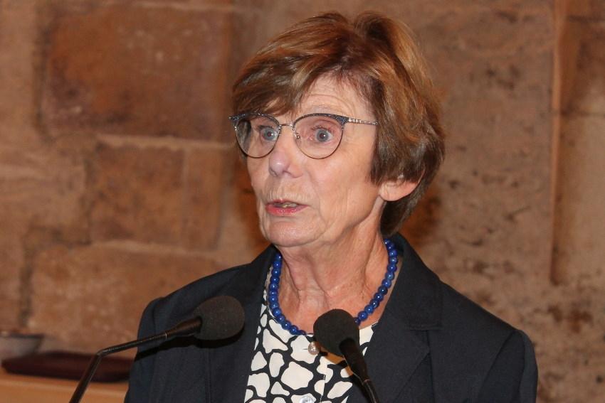 La sénatrice de l'Yonne dépose un amendement sur les pneus rechapés : Noëlle RAUSCENT ne se dégonfle pas…