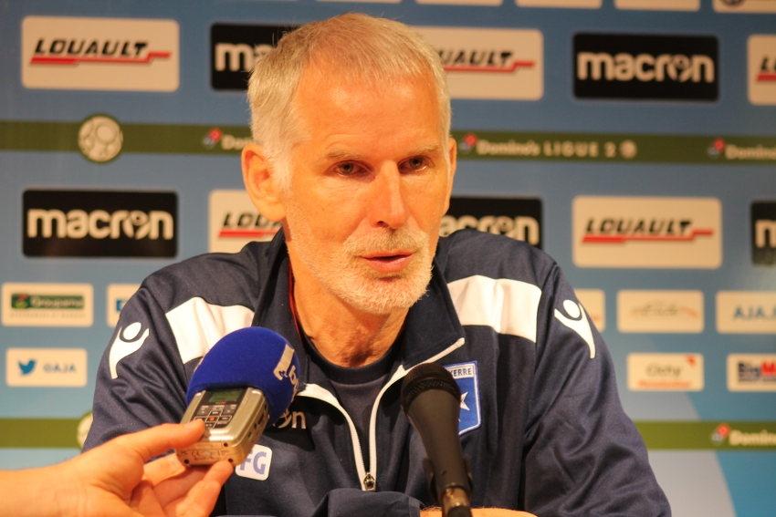 Francis GILLOT (AJ Auxerre) : « le classement actuel n'est qu'anecdotique… »