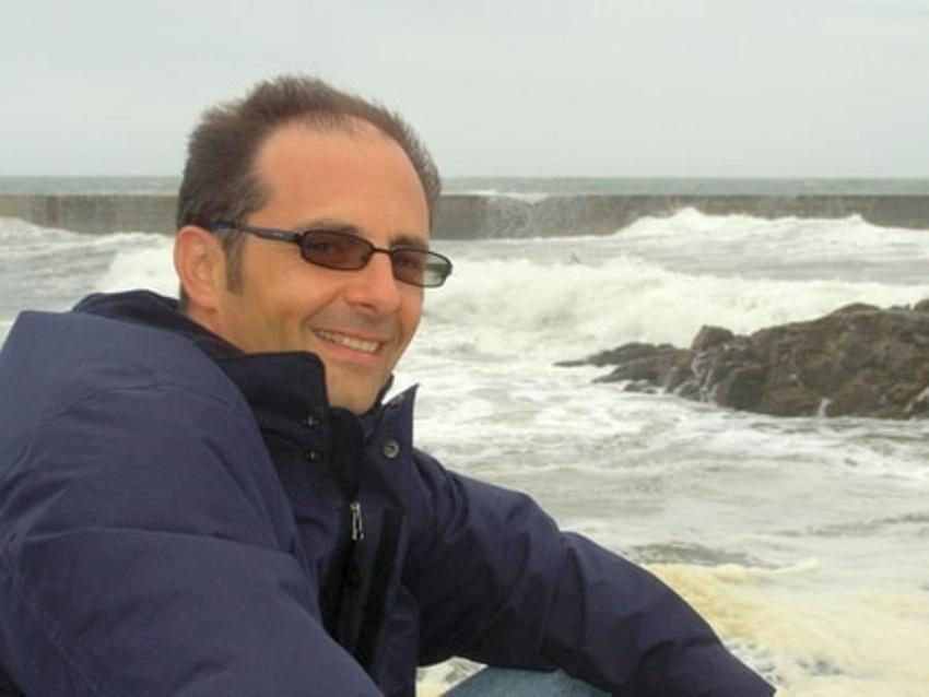 Management : Patrick COTTIN vante la qualité de l'écoute, un outil des plus puissants pour vendre et convaincre…