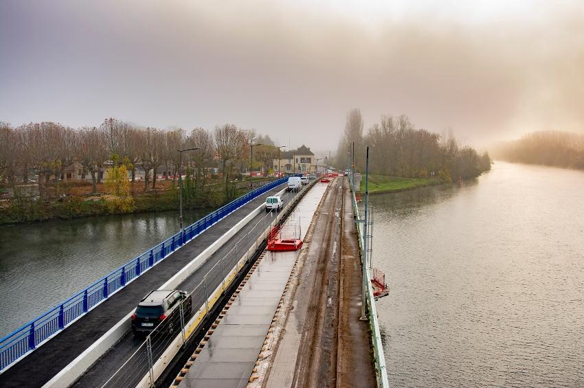 L'ouvrage de Pont-sur-Yonne se fait une cure de jouvence : le Département en suit sa progression…