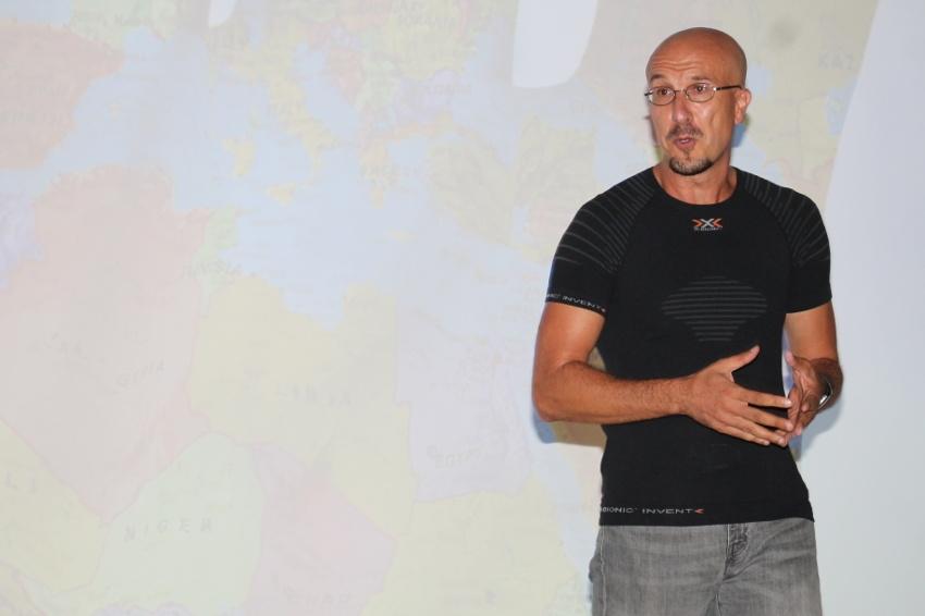 Un alchimiste des mots fait rêver un parterre d'entrepreneurs : Malek BOUKERCHI, sportif de l'extrême